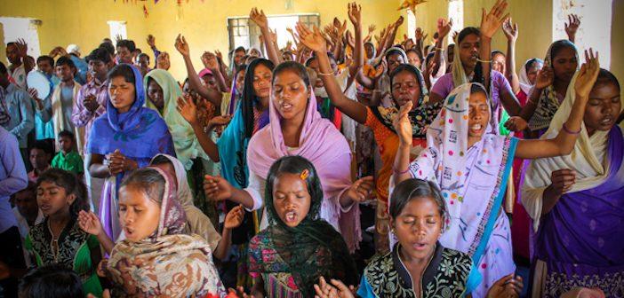 Chúa Hành Động Mạnh Mẽ Giữa Vòng Dân Tộc Thiểu Số Ấn Độ
